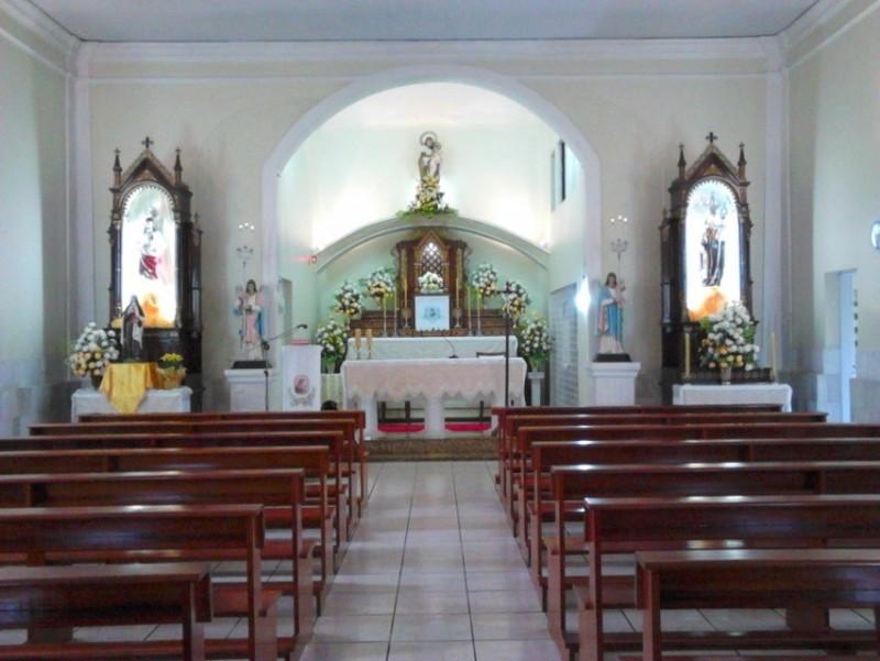 """""""O mais leve movimento de uma alma animada de puro amor é mais proveitoso à Igreja do que todas as demais obras reunidas.""""                             (São João da Cruz)"""